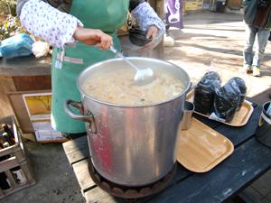 ままごとやの板さんが作った酒蔵特製粕汁