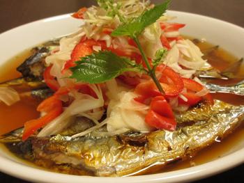 焼き秋刀魚の南蛮漬け小2